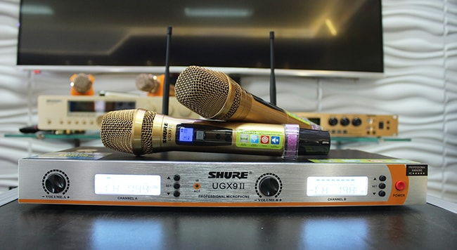 micro không dây Shure UGX9 II