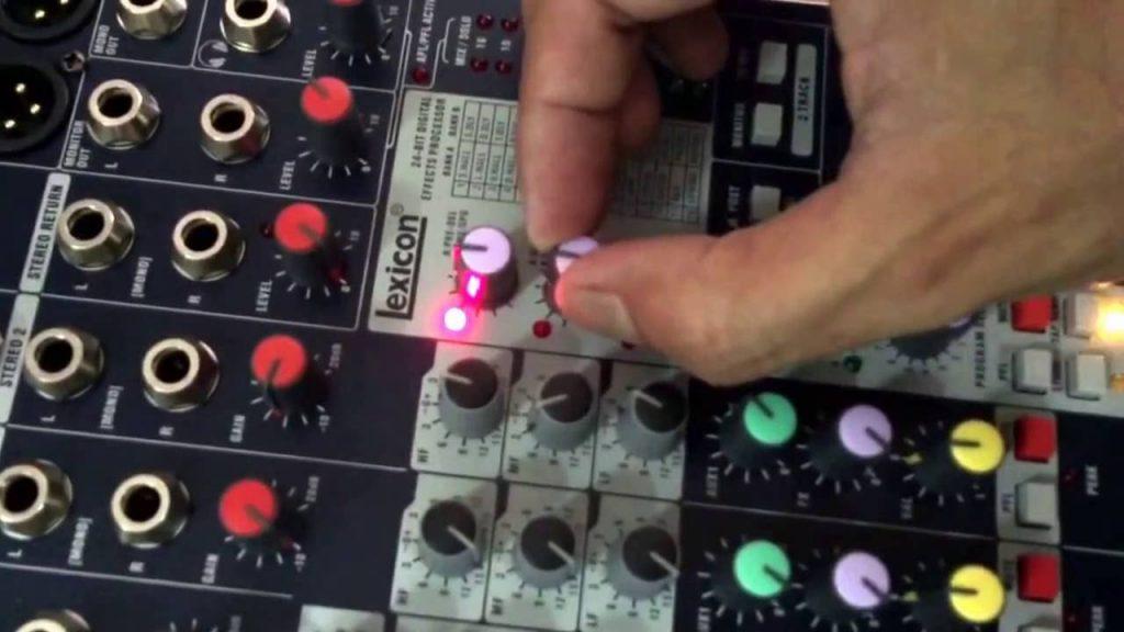 cách chỉnh mixer không bị hú